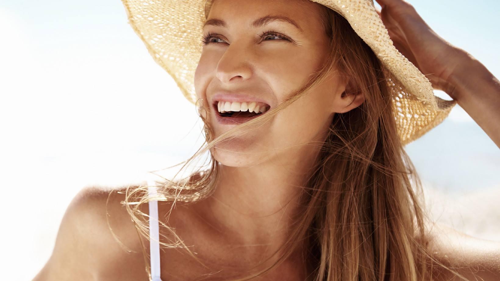 Крем для загара: топ-5 проверенных средств для лица